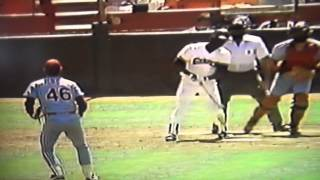 Chili Davis Breaks Bat Over Knee! SF Giants