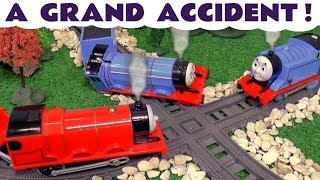 Thomas and Friends Toy Trains Gordon's Accident with the funny Funlings and Paw Patrol TT4U