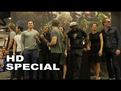 The Avengers: Age of Ultron Comic-Con Cast Signing - Chris Hemsworth, Chris Evans, Samuel L Jackson