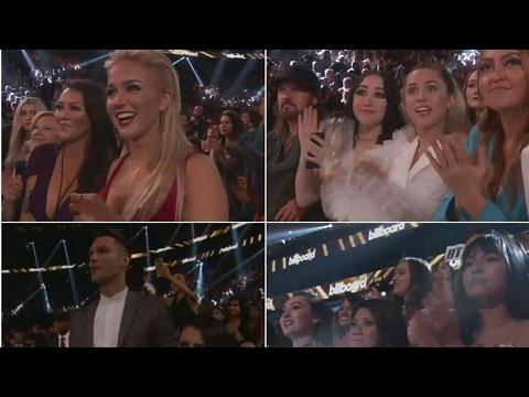 Download Lagu Crowds reaction when BTS won Top Social Artist Award #BBMAs MP3 Free