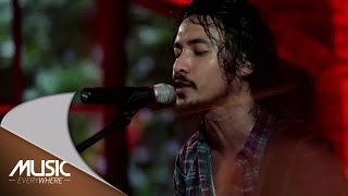 Ello - Yang Ku Nanti (Live at Music Everywhere) *