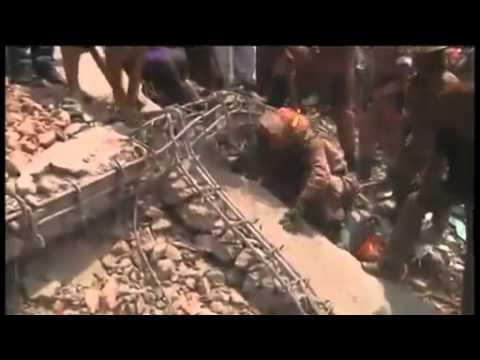 Breaking News : Bangladesh Dhaka building collapse leaves 70 dead (April 24, 2013)
