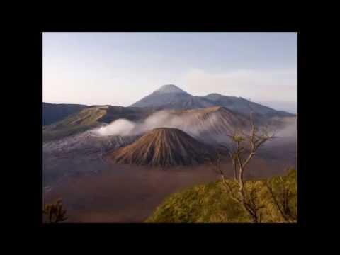 Traditional Javanese Instrumental Music - Javanese Music Gamelan Nyai Saraswati full album