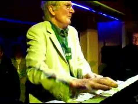Alan Hawkshaw, Grandstand ( UK- TV Theme )