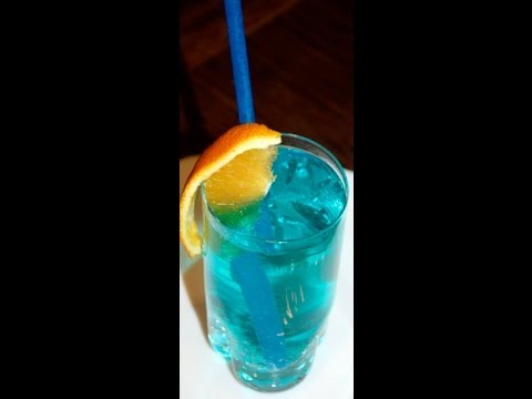 Jak zrobi drink Bkitna laguna (Blue Lagoon)