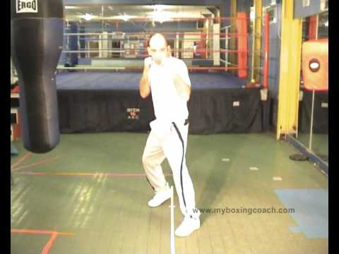 Boxing Techniques - How to Throw a Right Cross Image 1