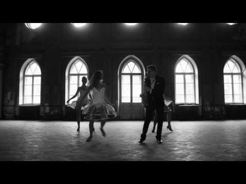 "Шоу балет ""Ajoure"" и Гена Мезинов"