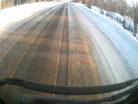 Видео ДТП с участием ам МАЗ и ДАВ 02 03 2014 Княжпогост
