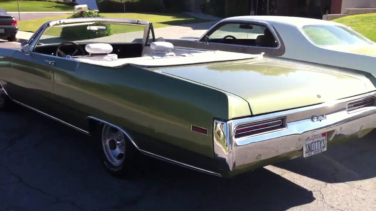 1970 chrysler 300 hurst and newport convertible comparison