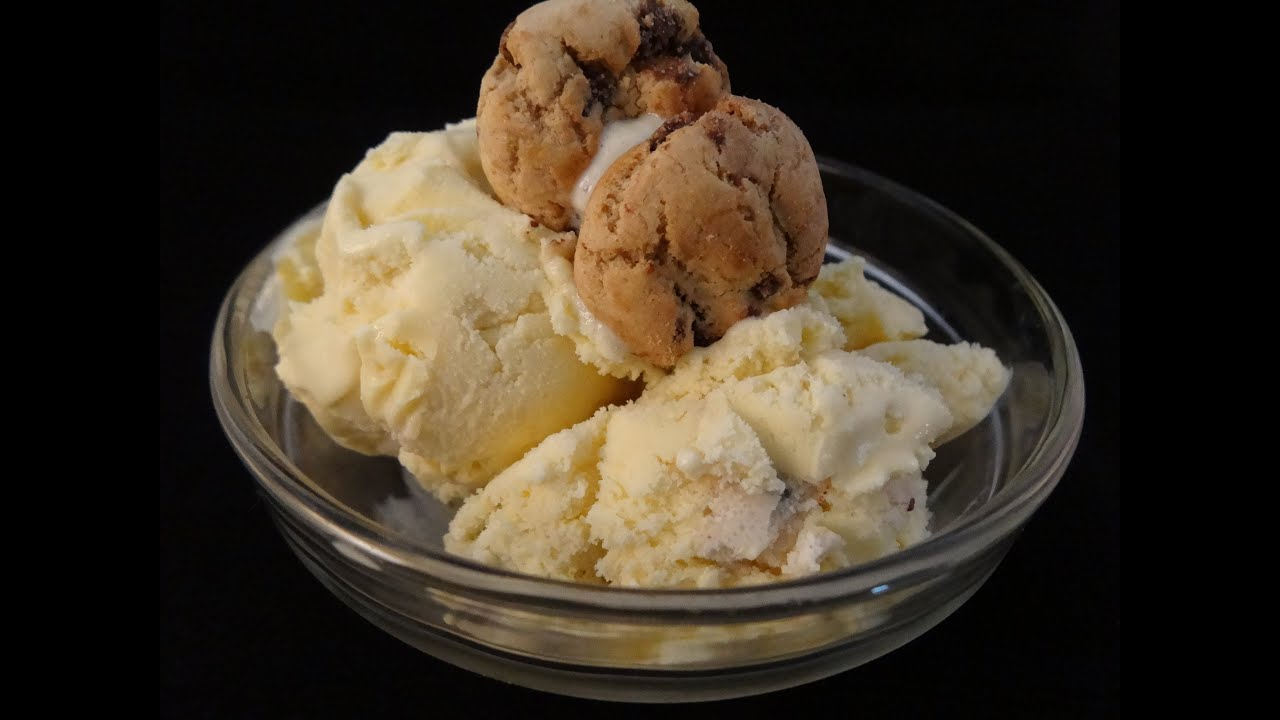 Chocolate Chip Cookie Dough Ice Cream - with yoyomax12 - YouTube