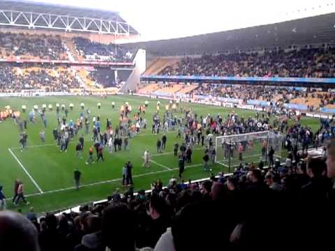 Wolves Fans Pitch invasion vs Burnley Last Home game