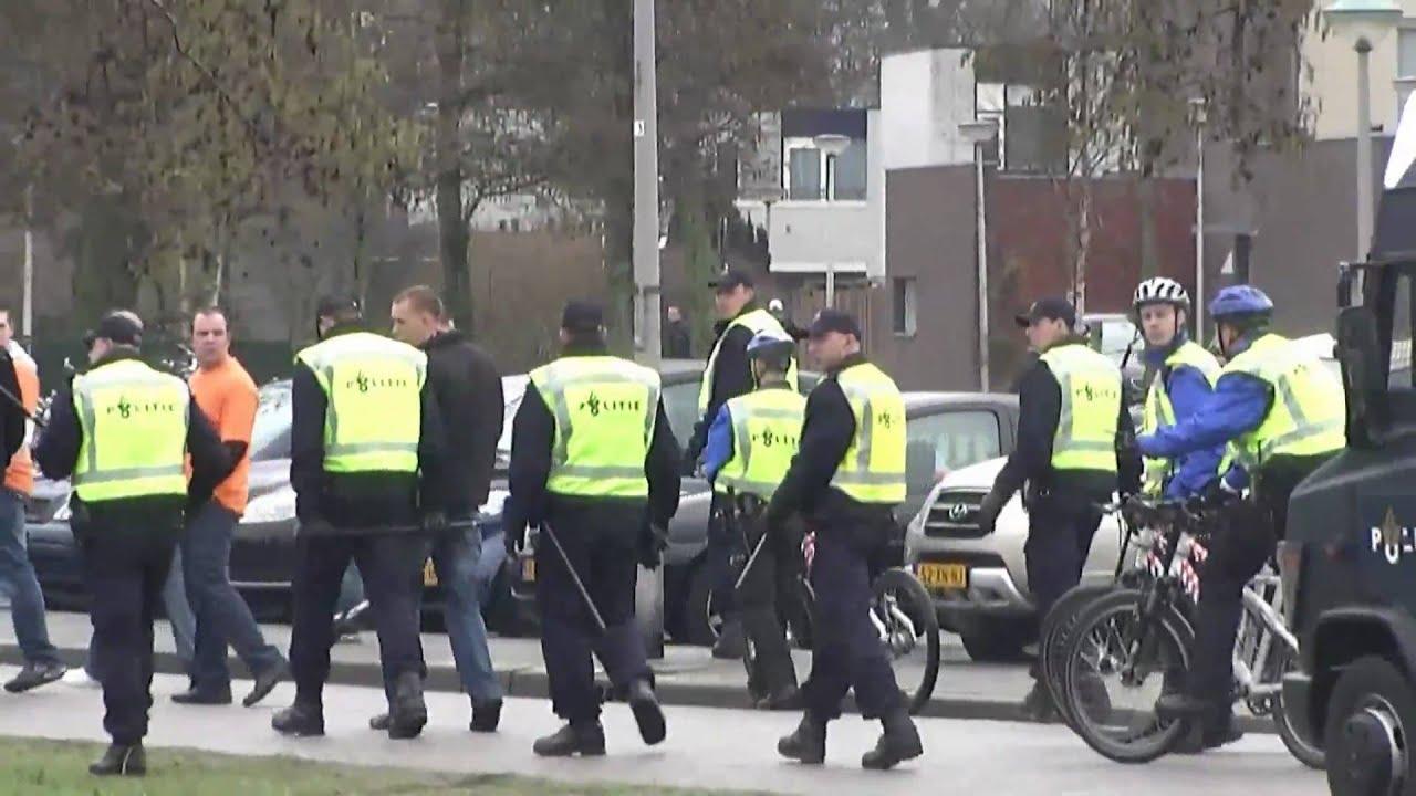 20 03 10 mobiele eenheid ingezet bij voetbalrellen in katwijk youtube - Kleine ijdelheid eenheid ...