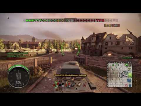 World of tanks PS4 ARL 44 goes into the town