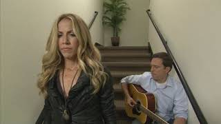 Sheryl Crow & Ed Helms - Your Guitar Is NOT Strong Enough! [HD]