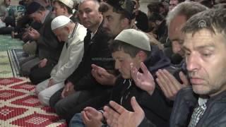 مصر العربية | الأتراك يؤدون أول صلاة تروايح لشهر رمضان الفضيل