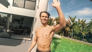 SWIMMING IS WINNING! | VLOG 342