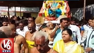 Devotees Throng To All Temple Across State | Medaram Jatara