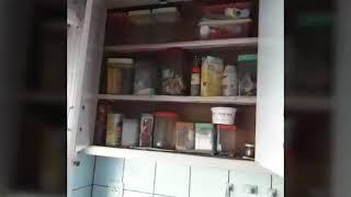 Urbex een verlaten huisje vol spullen !!!