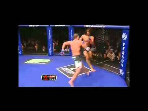 Image video MMA : Coup de pied ninja !