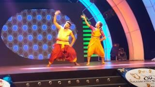 Ashna habib bhabna and abdul duet dance in bangladesh reality show