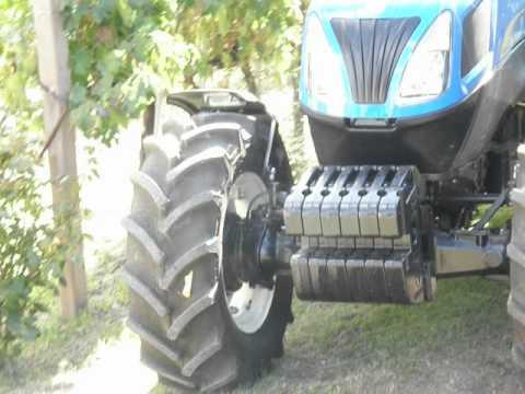 New Holland T 4060 F Super Steer při práci