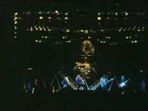 Run To The Hills Iron Maiden 1982 Live