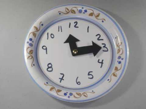 Easy Arts & Crafts: How to make an easy paper plate clock fo