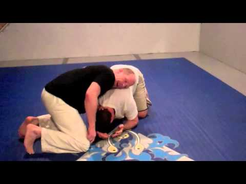 Gracie FV BJJ: No Gi - Thumbs up choke from front headlock position