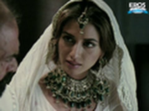 Hot Iman Ali Outstanding Performance - Bol
