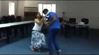 බොරුවට කොළ කඩලා දෙන්න අපේ දෙන්නෙක් නටපු නැටිල්ල.. බලන්න ෂෙයාර් කරන්න srilankan couple dance