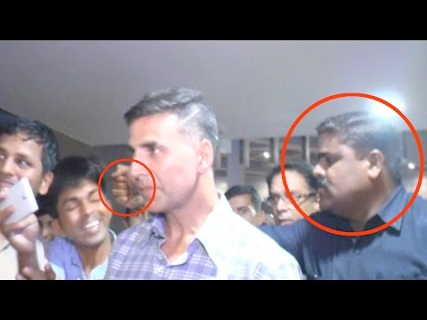 OMG! Akshay Kumar's Bodyguard Hits A Fan At Mumbai Airport