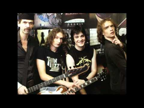 The Darkness -  Get Your Hands Off My Woman live (BBC 29-09-02) HQ