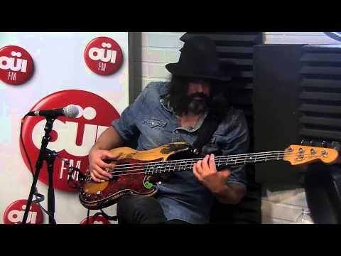 Angus & Julia Stone - Crash and Burn - Session acoustique OÜI FM