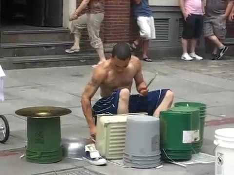 Amazing Street drummer - One of the best i ve seen.