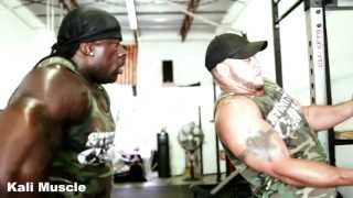 MUSCLEMAN vs STRONGMAN w/ Elliott Hulse