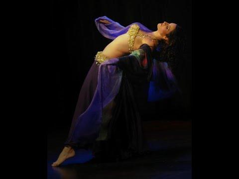 Hannan Sultan Improvised Belly Dance.mp4 video