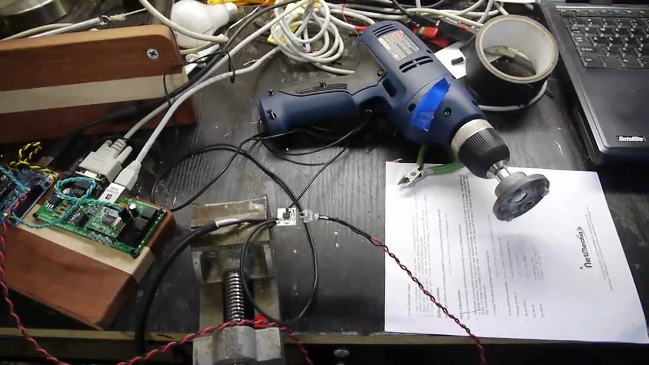 Universal Motor Speed Control By A Microcontroller