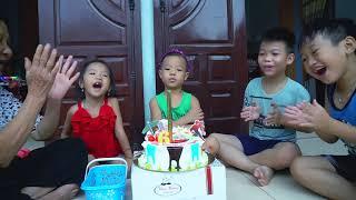 Trò Chơi Mừng Sinh Nhật Tony Gia Huy - Bánh Gato Khổng Lồ - Bé Nhím TV - Đồ Chơi Trẻ Em Thiếu Nhi