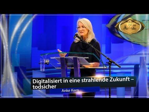 """16. AZK: """"Digitalisiert in eine strahlende Zukunft – todsicher!"""" - Anke Kern"""
