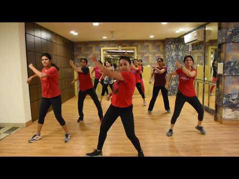 Luka Chuppi: COCA COLA Song   Tony Kakkar Neha Kakkar Young Desi  Niharika Soni Choreography  