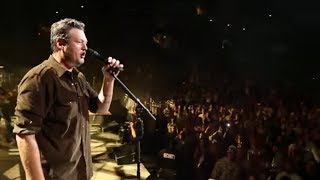 Blake Shelton - Neon Light (Official Video)