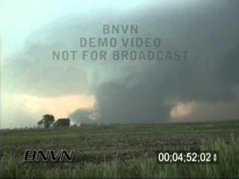 5/30/1998 Spencer, South Dakota F4 Tornado Stock Video
