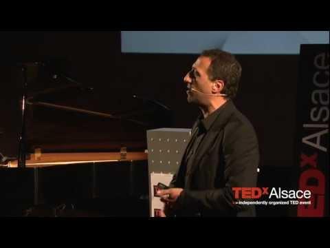 TEDxAlsace - Frank Tapiro - Pourquoi la vache qui rit ne pleure jamais ?