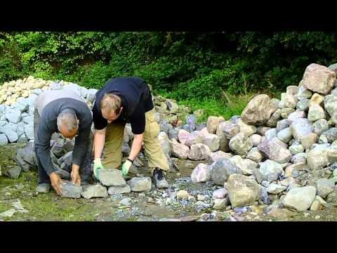 Basalt.Bruchsteine Für Trockenmauer Steingarten
