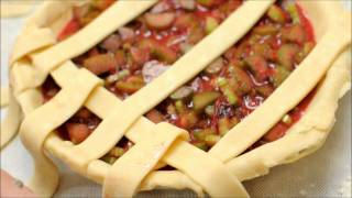 How to weave a lattice-top pie crust: SomethingEdible.com