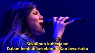 download lagu Sound Of Praise - Tuhan Yang Bersama Kami gratis
