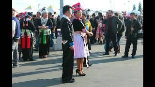 Hmong Song - Yuav Ncaim koj