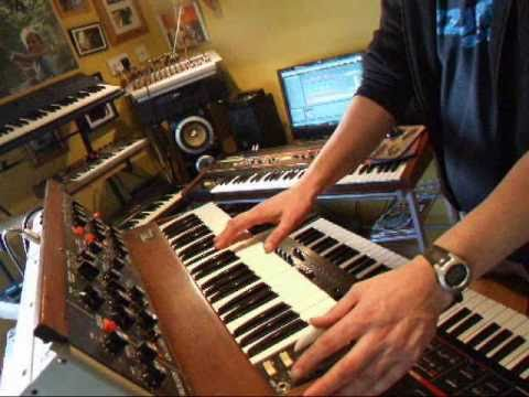 1973 Minimoog plays Tangerine dream- Logos (cover)