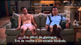 Two and a half men: Alan volviendo de la casa de Judith. (Sub en español)