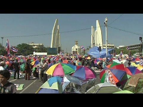 Thaïlande : les manifestants d'opposition s'échauffent pour le blocage de Bangkok
